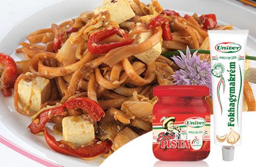 Ázsiai tészta tofuval